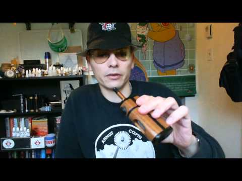 My Favorite: New Ali'i Bottom Feeder E-cig Box Mod: Demo And Review From RnR Manufacturing