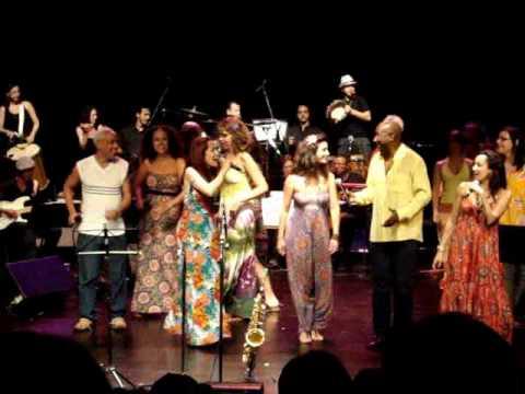 Grupo Choro e Canção e Jam Jazz com Fernanda Porto (Roda de Samba) - SESC Consolação 2009