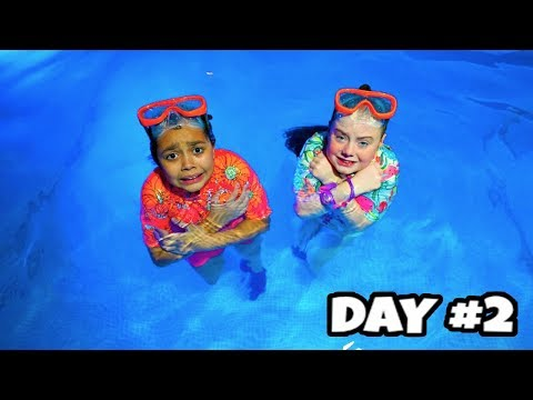 LAST TO LEAVE SWIMMING POOL WINS $10,000 Robux Challenge!!