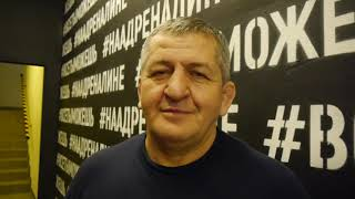 والد البطل الروسي حبيب: هل تريدونه أن يسقط أو يخسر؟ (فيديو)