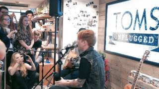 TOMS Unplugged presents Mallory Knox - Getaway (acoustic)