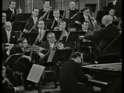 Gulda plays the legendary Emperor directed by George Szell, excerpt of 1.mvmt.