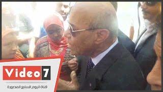 """بالفيديو.. مواطن لـ""""محافظ القاهرة"""": """"بصرف مرتبى على الدروس الخصوصية وبدعى على المدرسين"""""""
