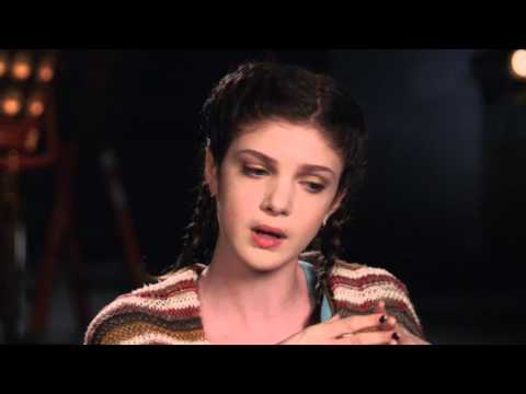 Elena Kampouris: MY BIG FAT GREEK WEDDING 2