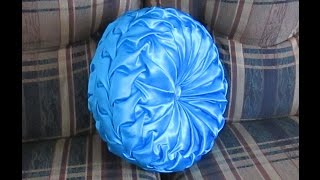 Repeat youtube video DIY Canadian smocked round cushion