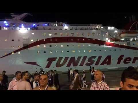 Accostage du bateau Carthage au port de Zarzisle 5 juillet 2017