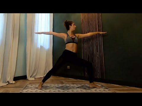 Cours de Yoga Vinyasa<br>niveau intermédiaire<br>par Rola Fort<br>Durée : 36 minutes  30