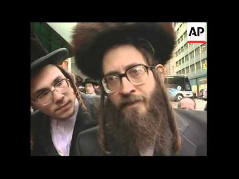 "Orthodox Jews stage ""anti-Zionist"" protest"