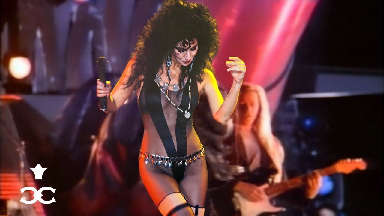 Cher - If I Could Turn Back Time Chords