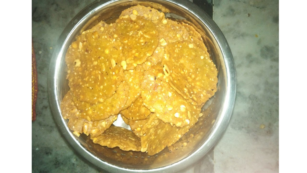 Download Crunchy and Crispy Nippet   Thattai