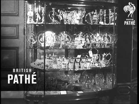Royal Wedding Presents On View To The Public 1947 British Pathé
