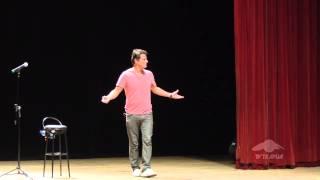 Tudo é tudo. Nada é nada com Marcelo Serrado num stand up incrível.