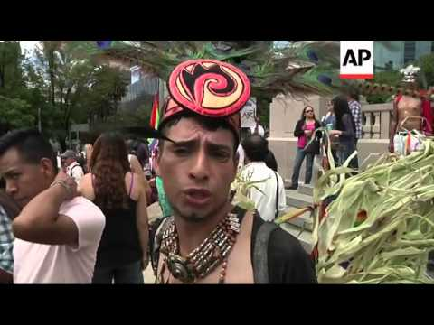 Hundreds in Mexico and Peru join worldwide gay pride marches