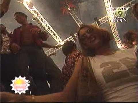 Dj Tiesto - (Live At Dance Valley 2001)