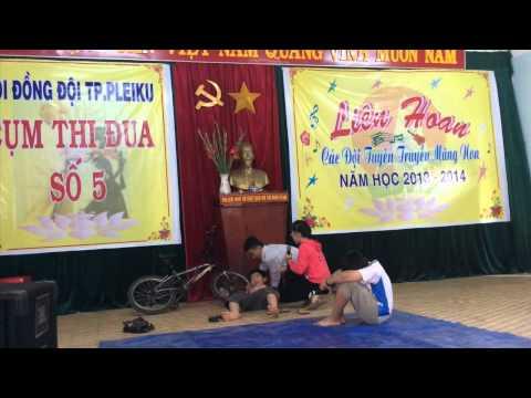 Tiểu phẩm Đề phòng đuối nước trường THCS Bùi Thị Xuân Pleiku Gia Lai 2014