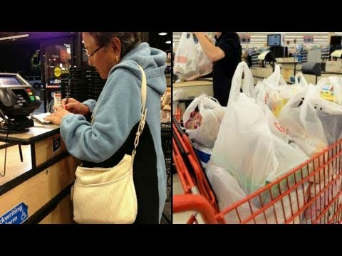 Cashier Shames Elderly Woman At Grocery Store, But G'ma's Response Leaves Her Dumbfounded