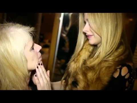 Avril Lavigne - Doing Moms Make-up - Black Star Tour Canada 2011
