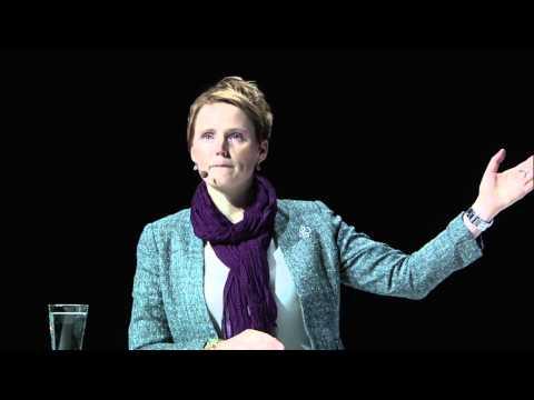 Keynote: Anna-Karin Hatt - It-minister