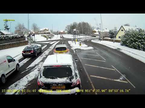 85 - ICE ROADS HEAVY SNOW TRUCKING UK Feb 2018