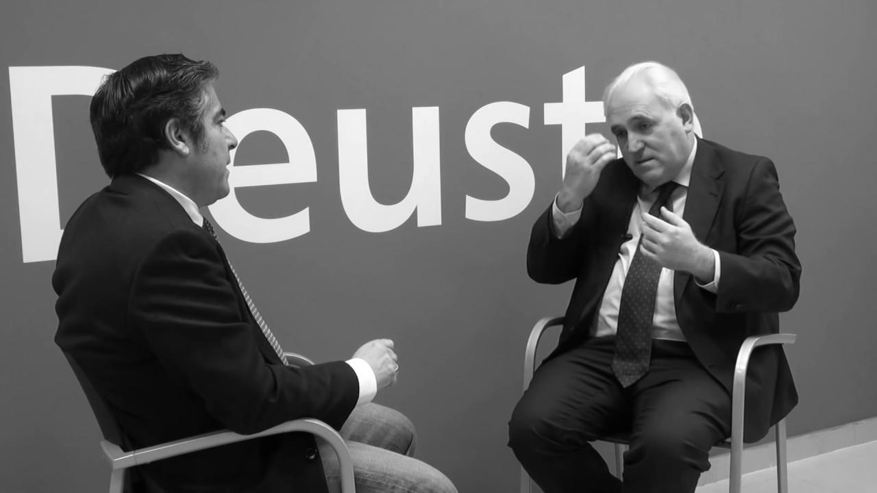 Rogelio Fernández habla con José María Guibert Entrevista realizada al Rector de la Universidad de Deusto sobre liderazgo, espiritualidad y tracendencia