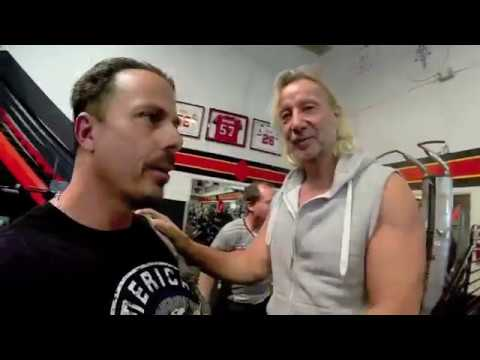 A day at Golds Gym Venice with Tino Struckmann
