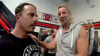 A fun visit to Golds Gym, Venice with the Actors and Fitness stars