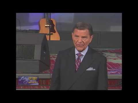 Living a Life of Great Faith   Kenneth Copeland