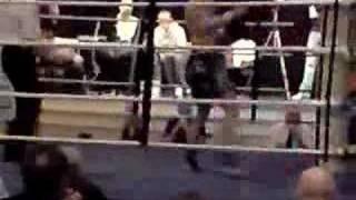 michael wiseman fight round 2