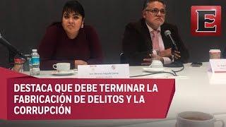Nestora Salgado entrega a Segob lista de 199 presos políticos