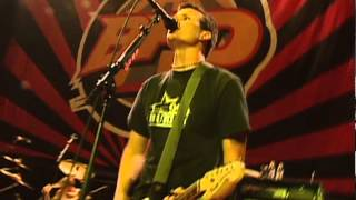6 - Aliens Exist - Blink-182 live at Mountain View, CA - Jun 18, 1999