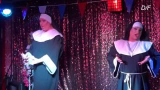 Paris Rainbow  en Miss Lucifer  - de  nonnekes