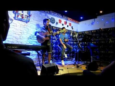 [FANCAM] 29/11/12 FYI ON STAGE IN SINGAPORE JRAQUINO PERFORMANCES