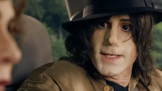 Joseph Fiennes as Michael Jackson in Bizarre