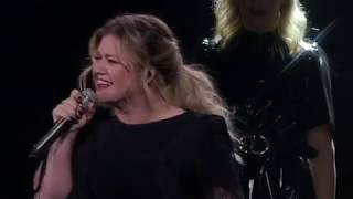 Kelly Clarkson - A Minute + a Glass of Wine (Live in Uncasville, CT) [Night #2]