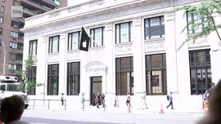 Inside Apple's new ritzy Manhattan store