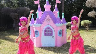 adel and sami play with princess castle ,funny videos for kids, LES BOYS TV2