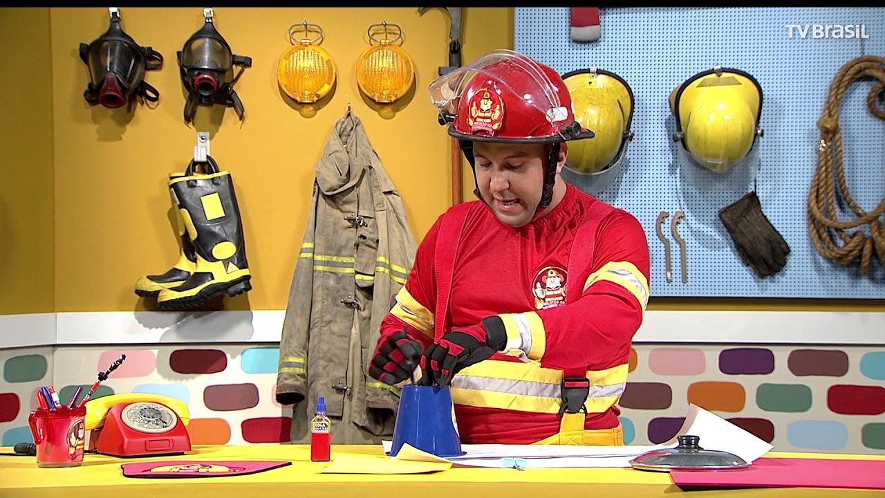 b4a4edf449 Aprenda a fazer um capacete igual ao do Bombeiro Rafa - YouTube