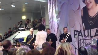 Paula Koivuniemi: Mikä boogie LIVE @Stockmann