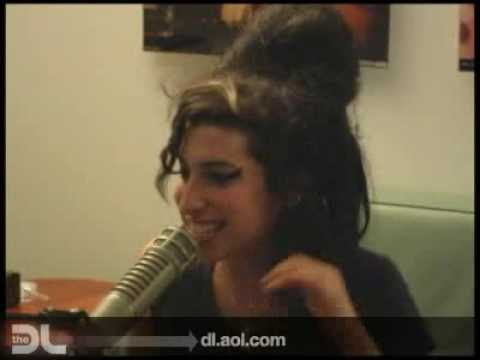 The DL - Amy Winehouse 'Rehab' Live!