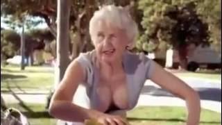 Download Video Nenek seksi!!! MP3 3GP MP4
