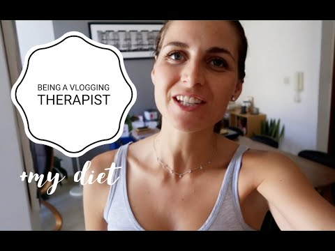 What it's like to be a therapist VLOG // Healing myself with a whole-foods diet // Emma Hogg