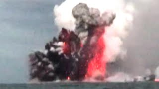 Hawaiian Tourists Describe Moment Their Boat Was Hit by Lava Bomb