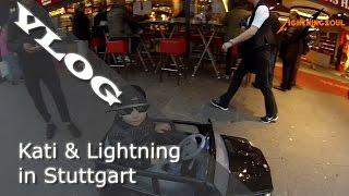 Kati & Lightning in Stuttgart – Kind rast mit Mercedes durch Fußgängerzone! :D | Deutsch | HD