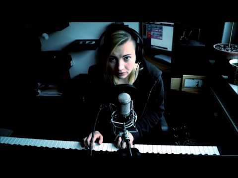 Twenty One Pilots - Trees [Piano + Vocal Cover by Lea Moonchild]