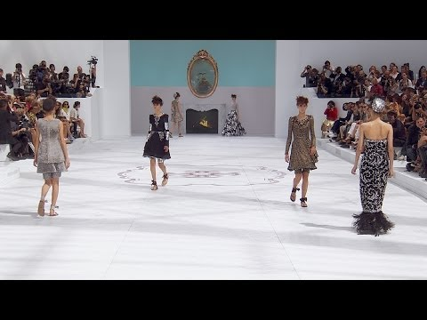 Fall-Winter 2014/15 Haute Couture CHANEL Show from YouTube · Duration:  17 minutes 14 seconds