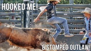 OUTLAW GETS ON BAXTER - Rodeo Time 77