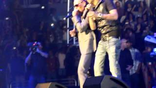 Pitbull Ft. Sensato -Watagatapitusberry Live HD Calibash 2011