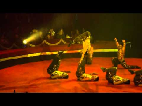 Zhejiang troupe (China) Head to Head - 16th International Circus Festival City of Latina