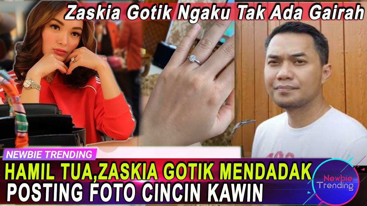 Download Hamil Tua, Zaskia Gotik Mendadak Posting Foto Cincin Kawin, Istri Sirajuddin Ngaku Tak Ada Gairah