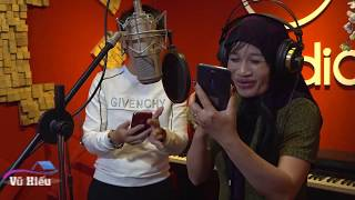 Cụ bà hát Hoàng Hôn Màu Tím - Nghe là mê